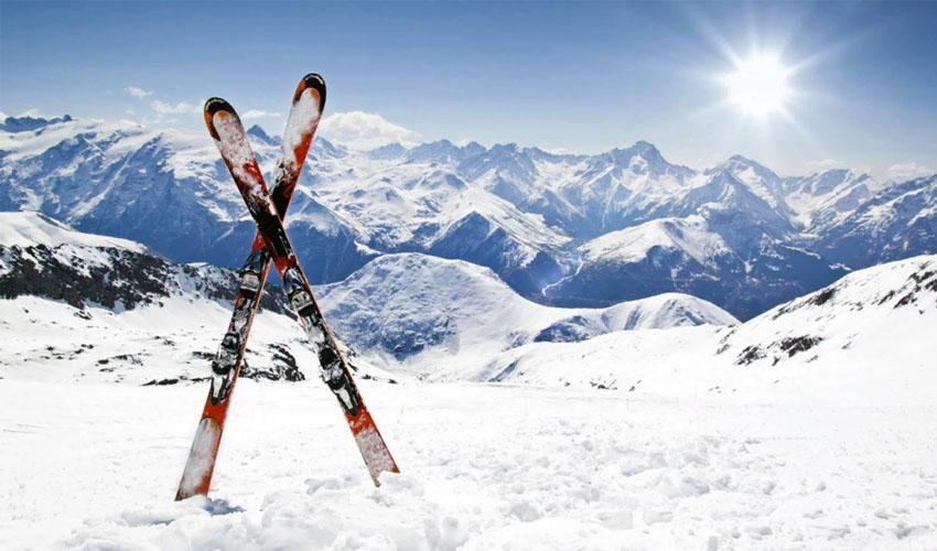 хранение лыж зимой