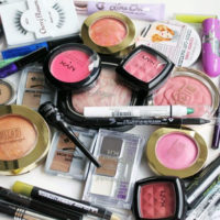Организация хранения косметики дома