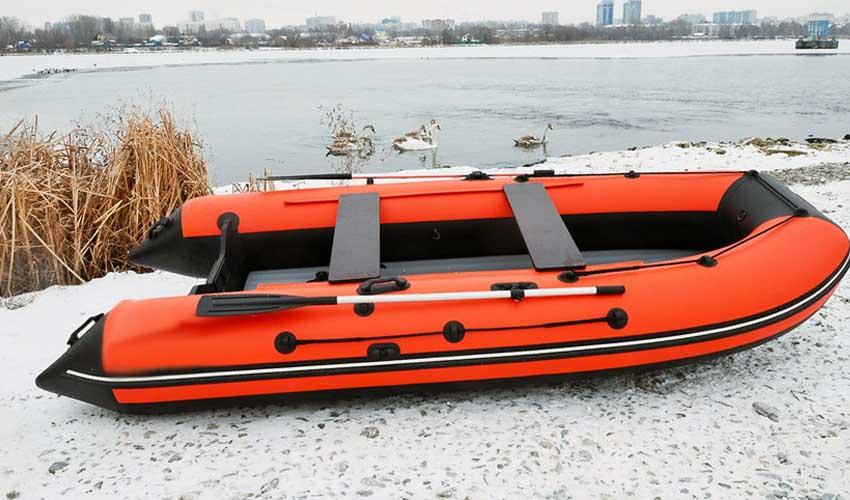 как хранить лодку